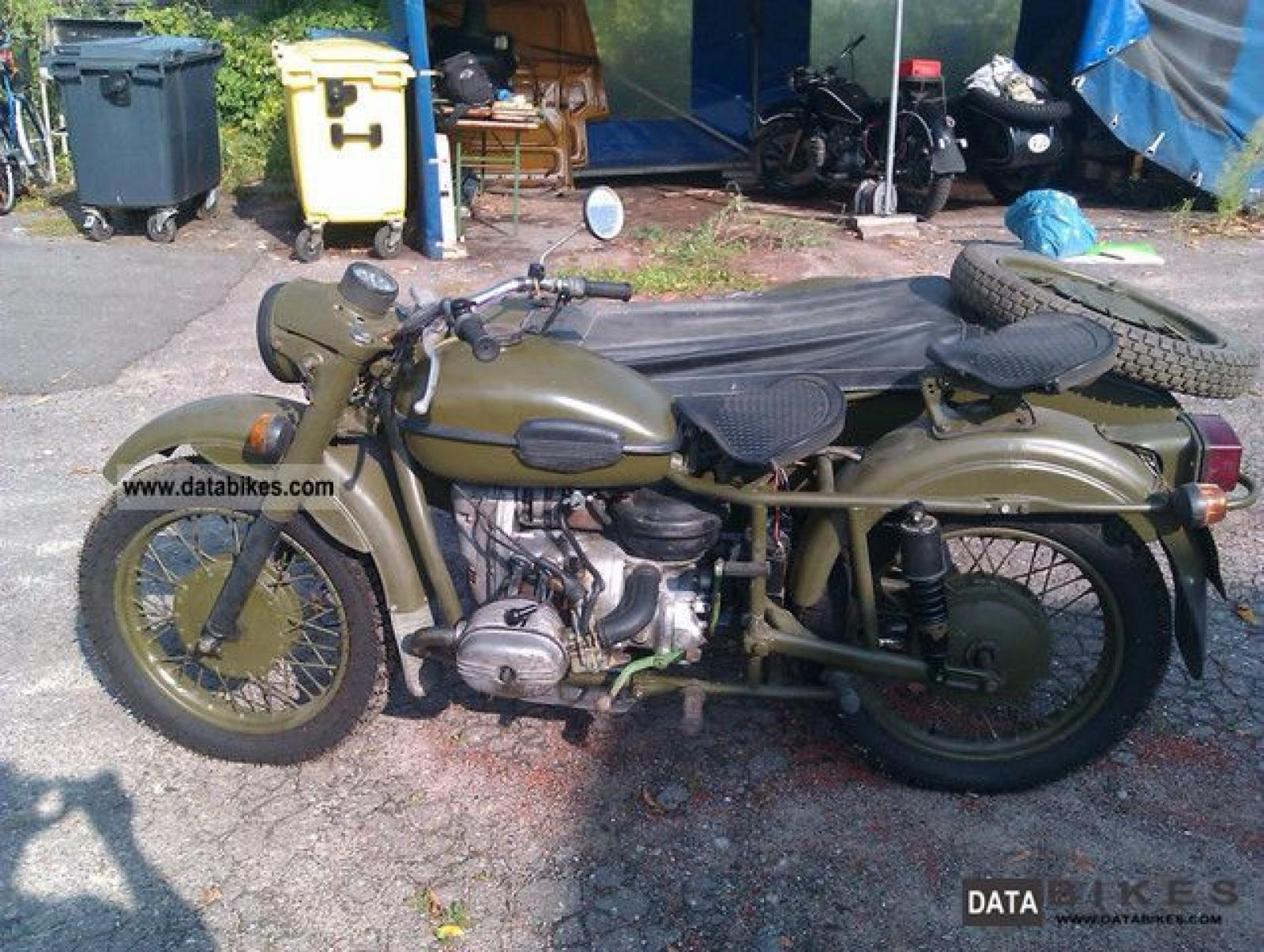 Dnepr MT 12 with sidecar 1982 images #70199