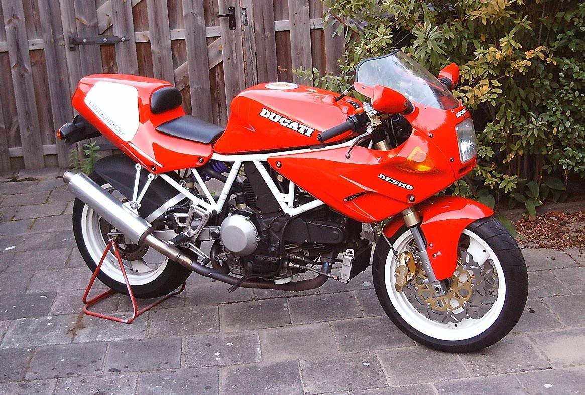 Ducati 900 SS Carenata 2001 wallpapers #11098
