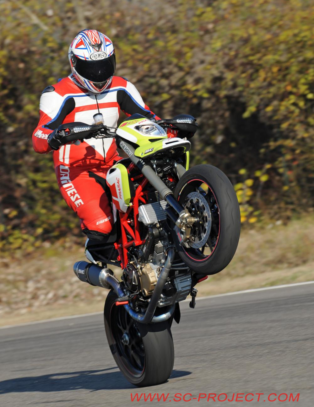Ducati Hypermotard 1100 EVO SP 2011 images #79405