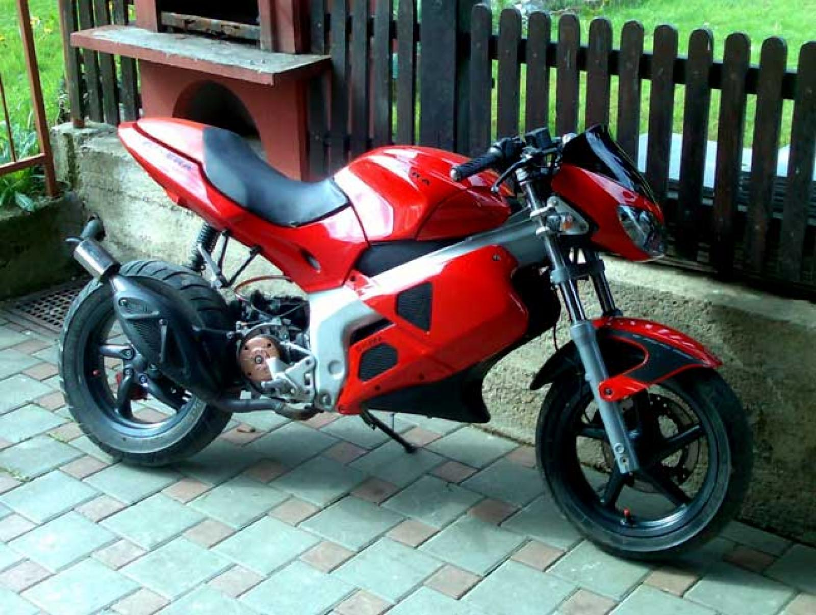 Gilera DNA 125 2002 images #96070