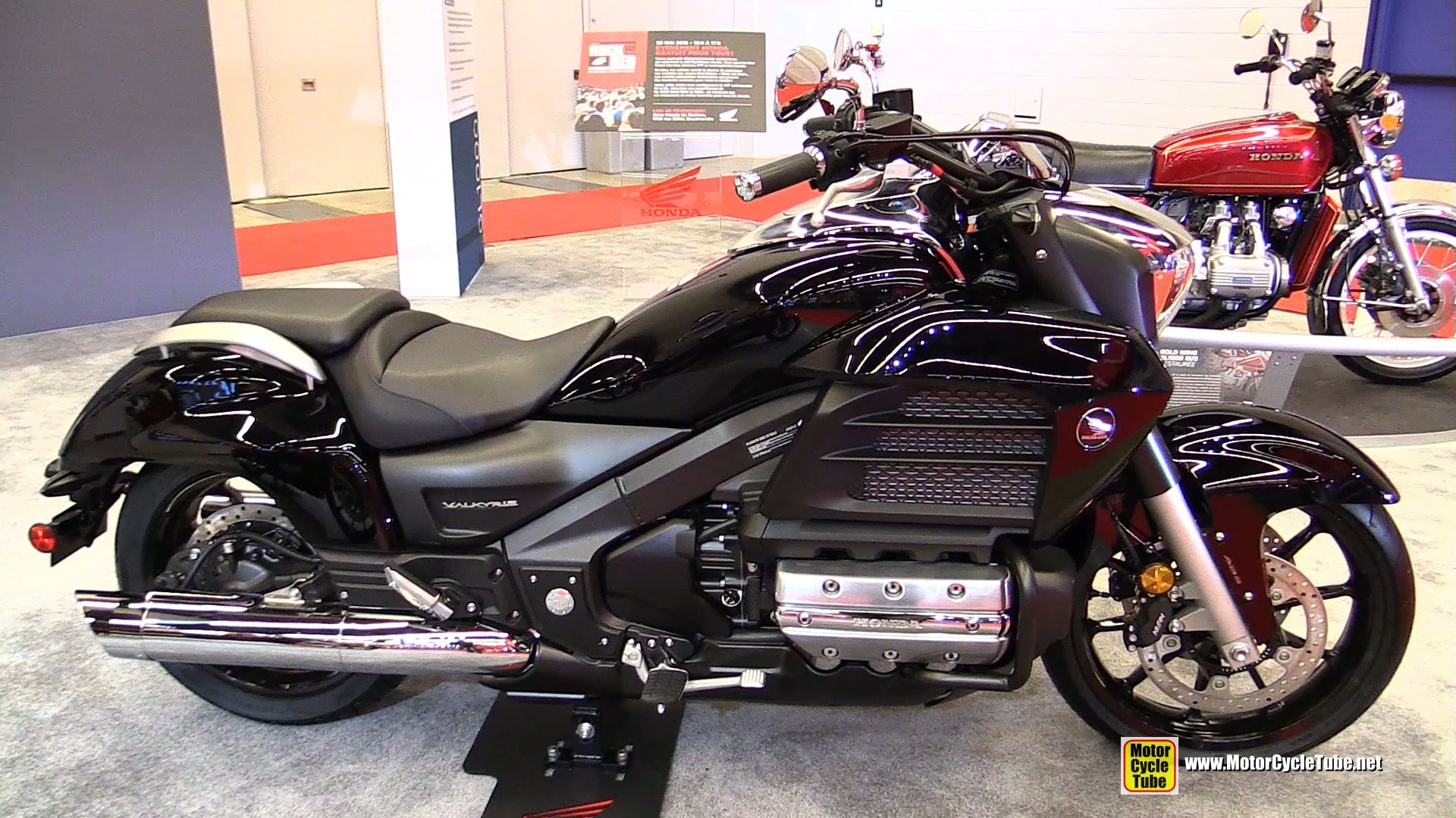 2015 honda gl 1800 gold wing valkyrie pics specs and information. Black Bedroom Furniture Sets. Home Design Ideas