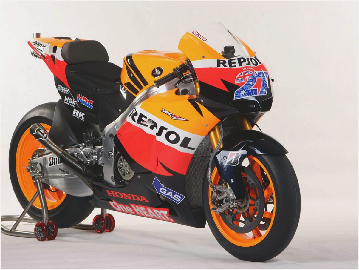 2010 honda rc212v pics specs and information. Black Bedroom Furniture Sets. Home Design Ideas
