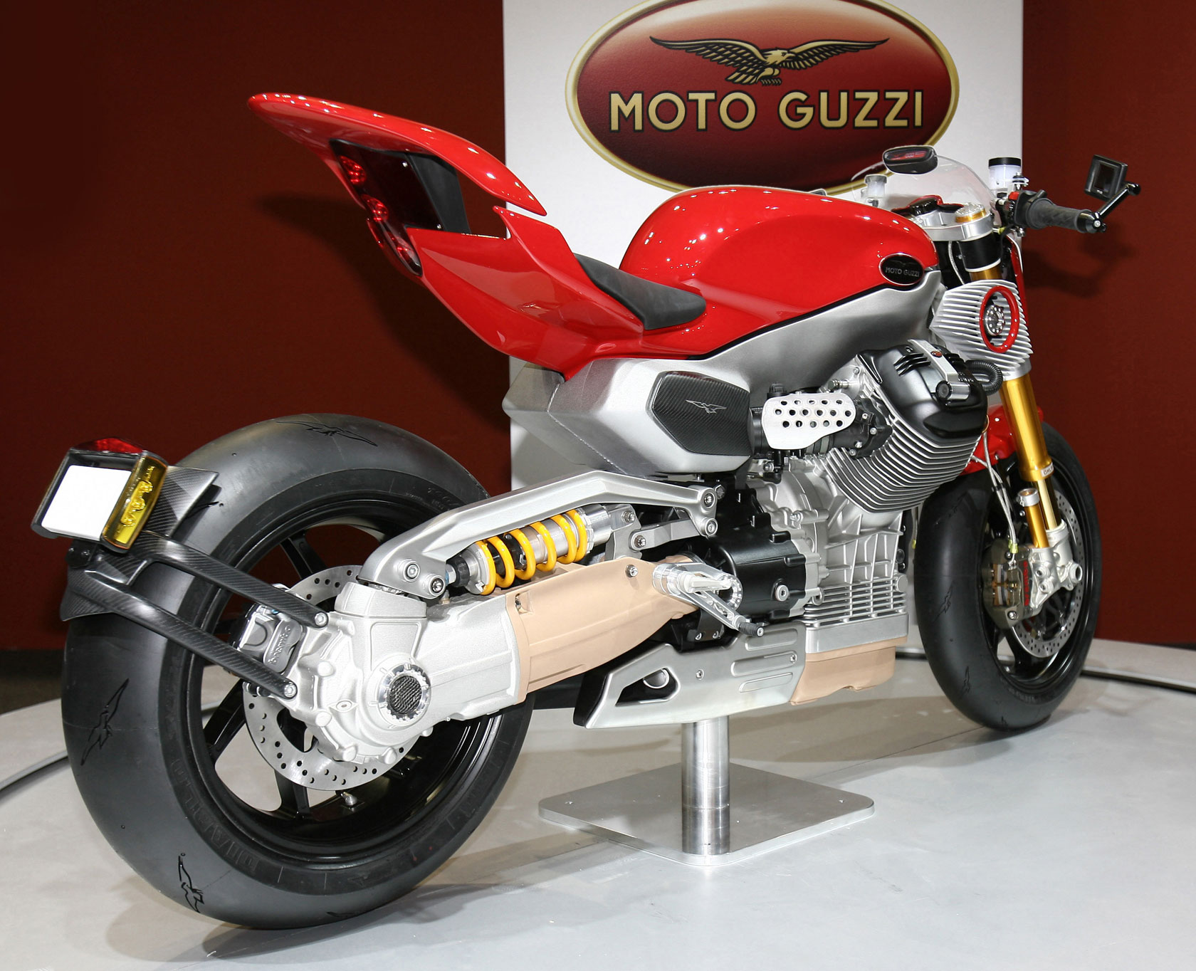 Moto Guzzi V12 LM Concept 2010 wallpapers #139658