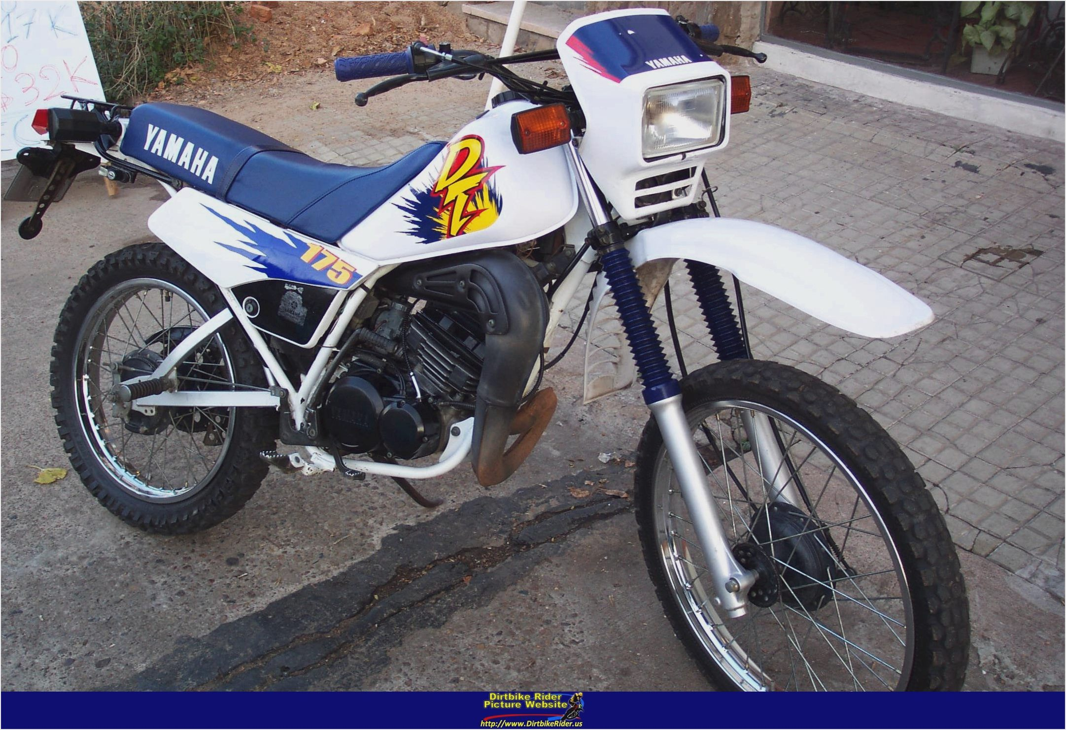 Yamaha DT 175 1974 images #90027