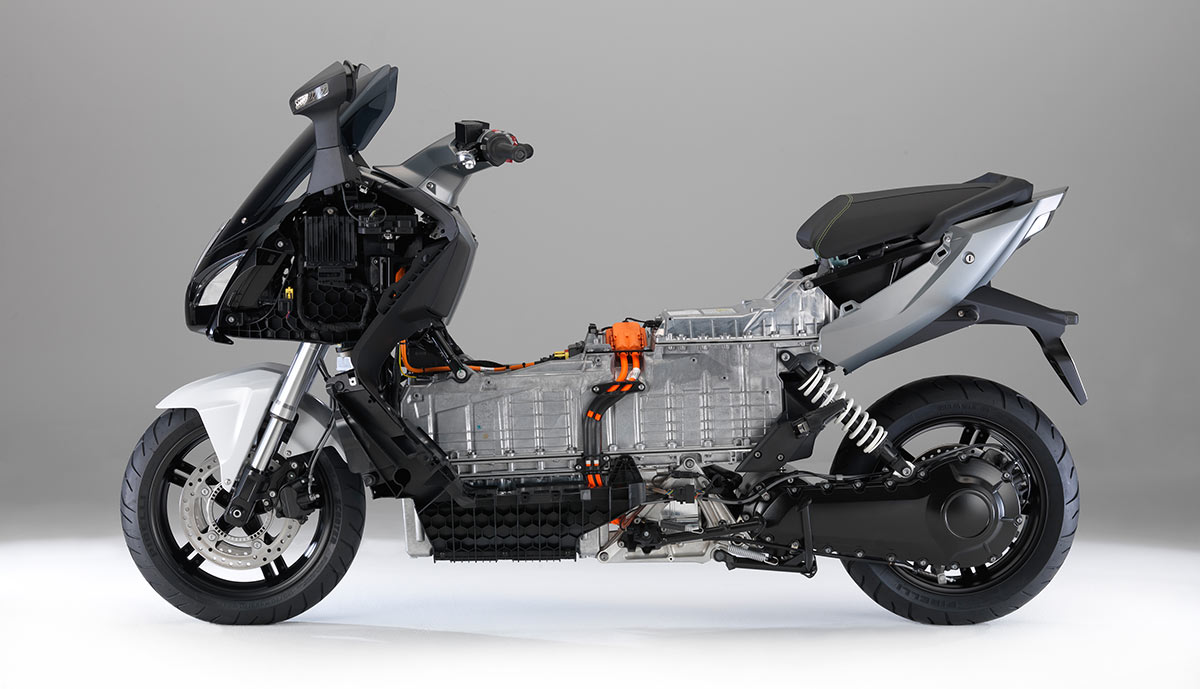 2015 bmw c evolution e-scooter: pics, specs and information