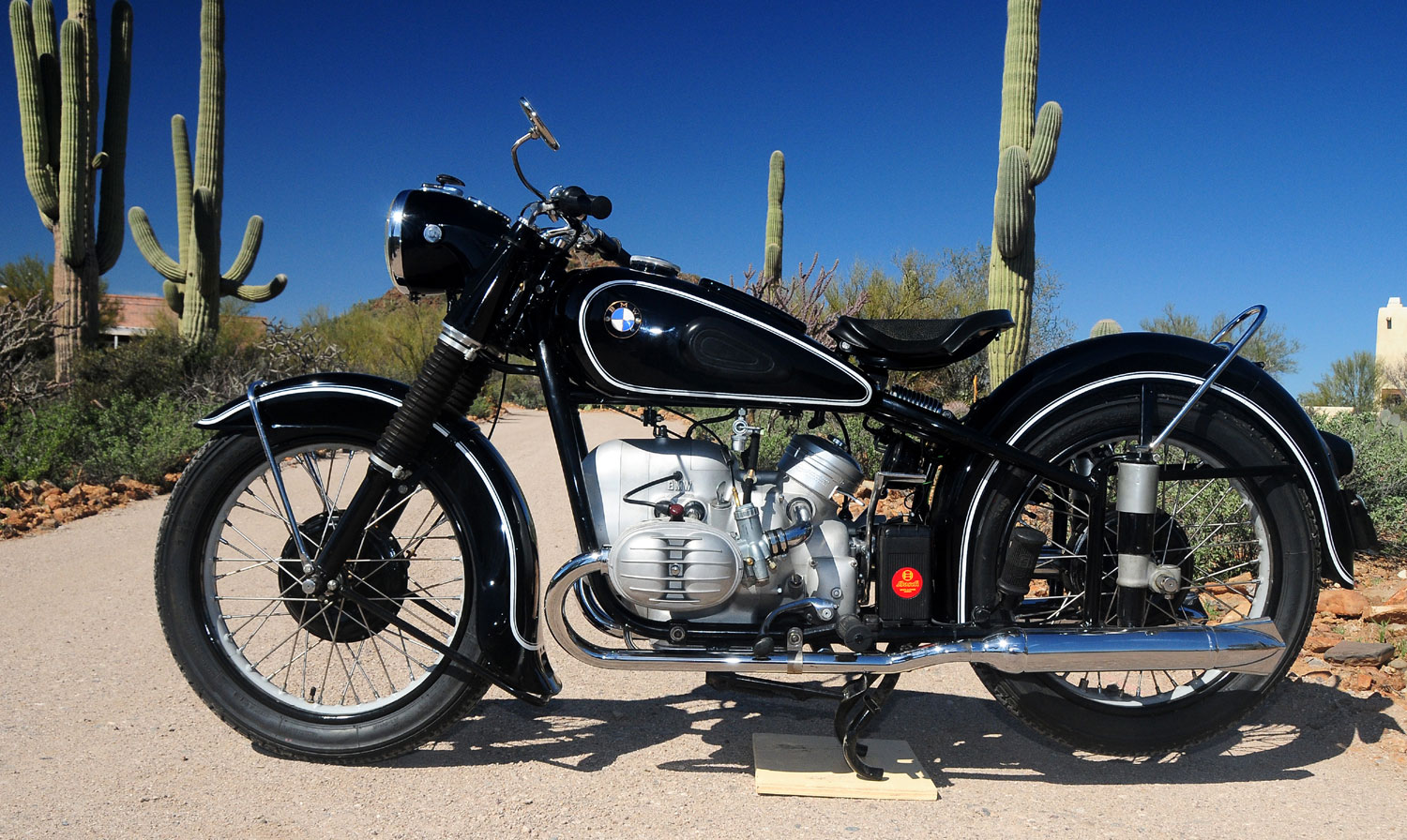 Bmw R67 2 Pics Specs And List Of Seriess By Year Onlymotorbikes Com