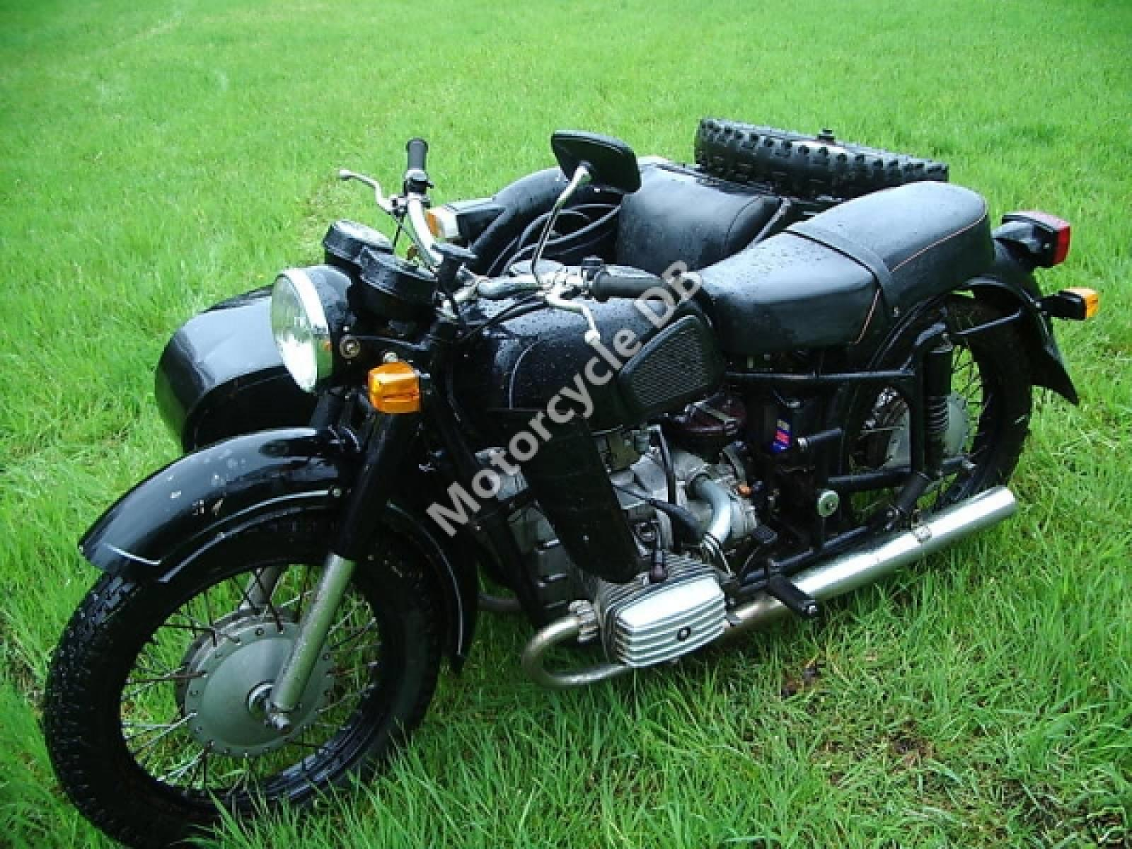 Dnepr MT 12 with sidecar 1982 images #70200