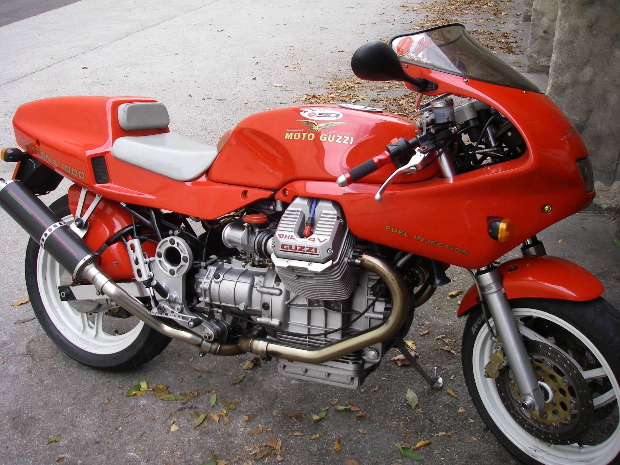 Moto Guzzi 1000 Daytona Injection images #108546