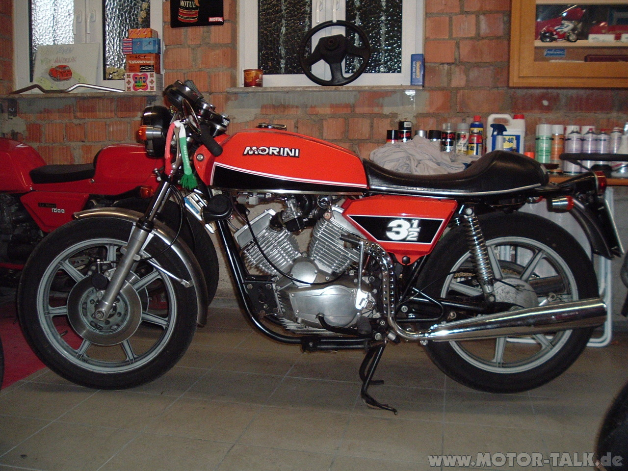 moto morini 3 1 2 sport pics specs and list of seriess by year. Black Bedroom Furniture Sets. Home Design Ideas