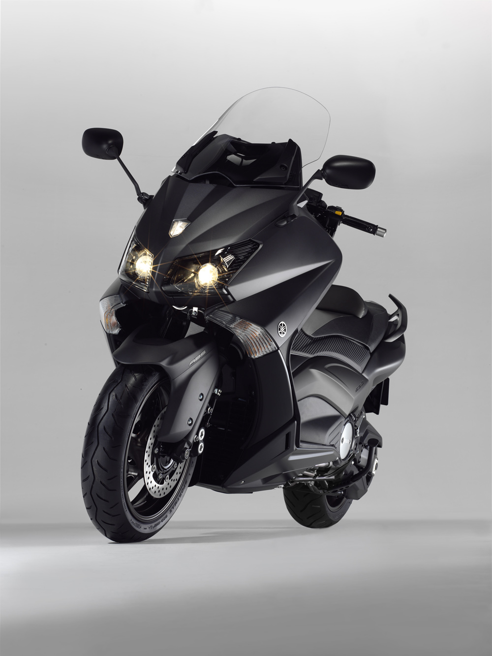 2012 yamaha tmax pics specs and information. Black Bedroom Furniture Sets. Home Design Ideas