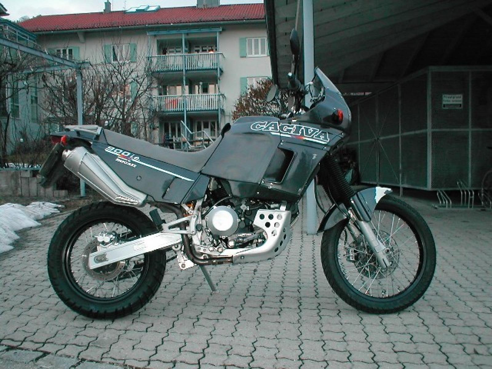 Cagiva Elefant 900 IE GT 1993 images #153443