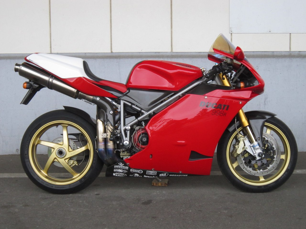 Ducati 998 R 2002 wallpapers #11798