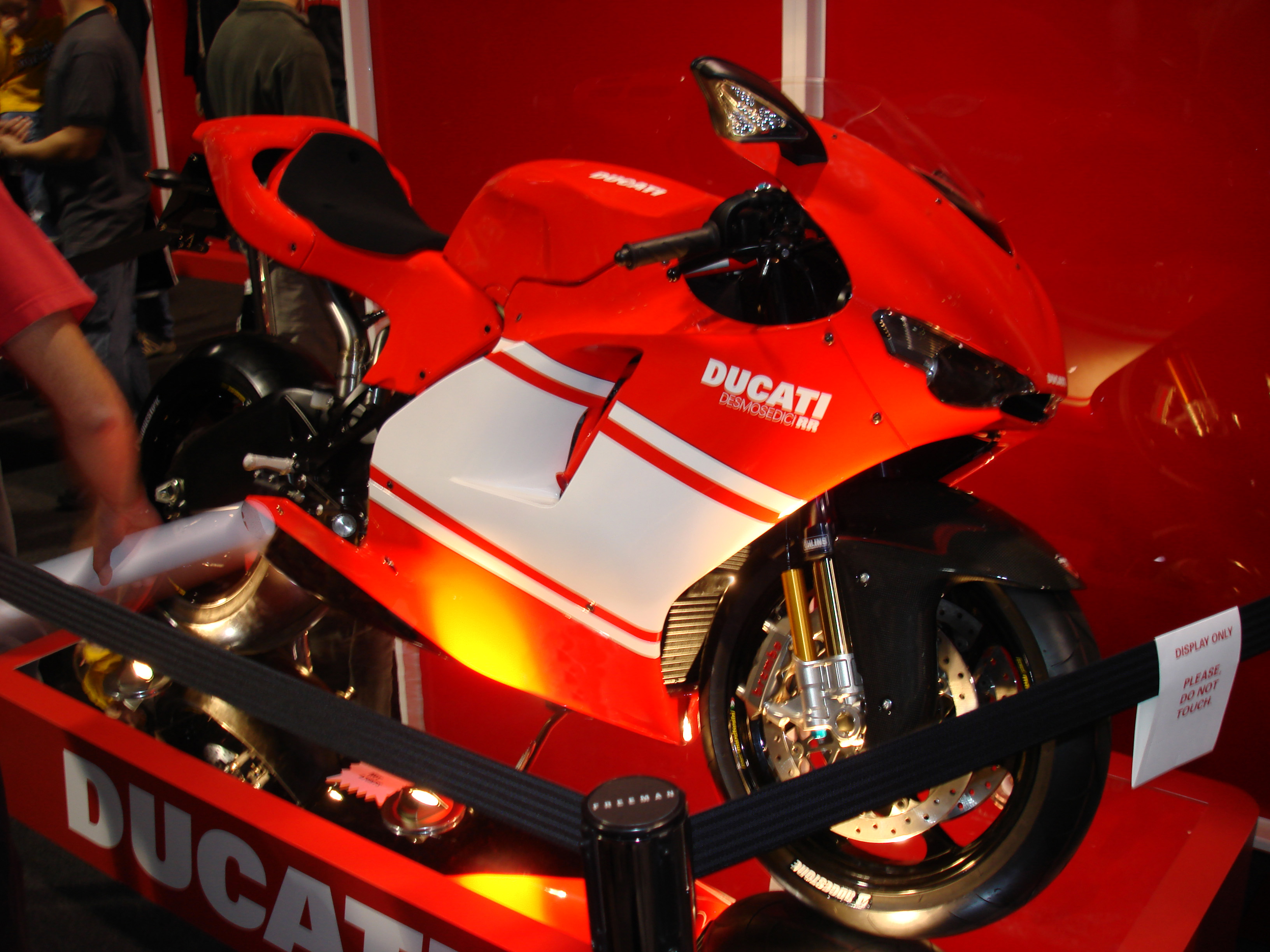 Ducati Desmosedici RR wallpapers #12395