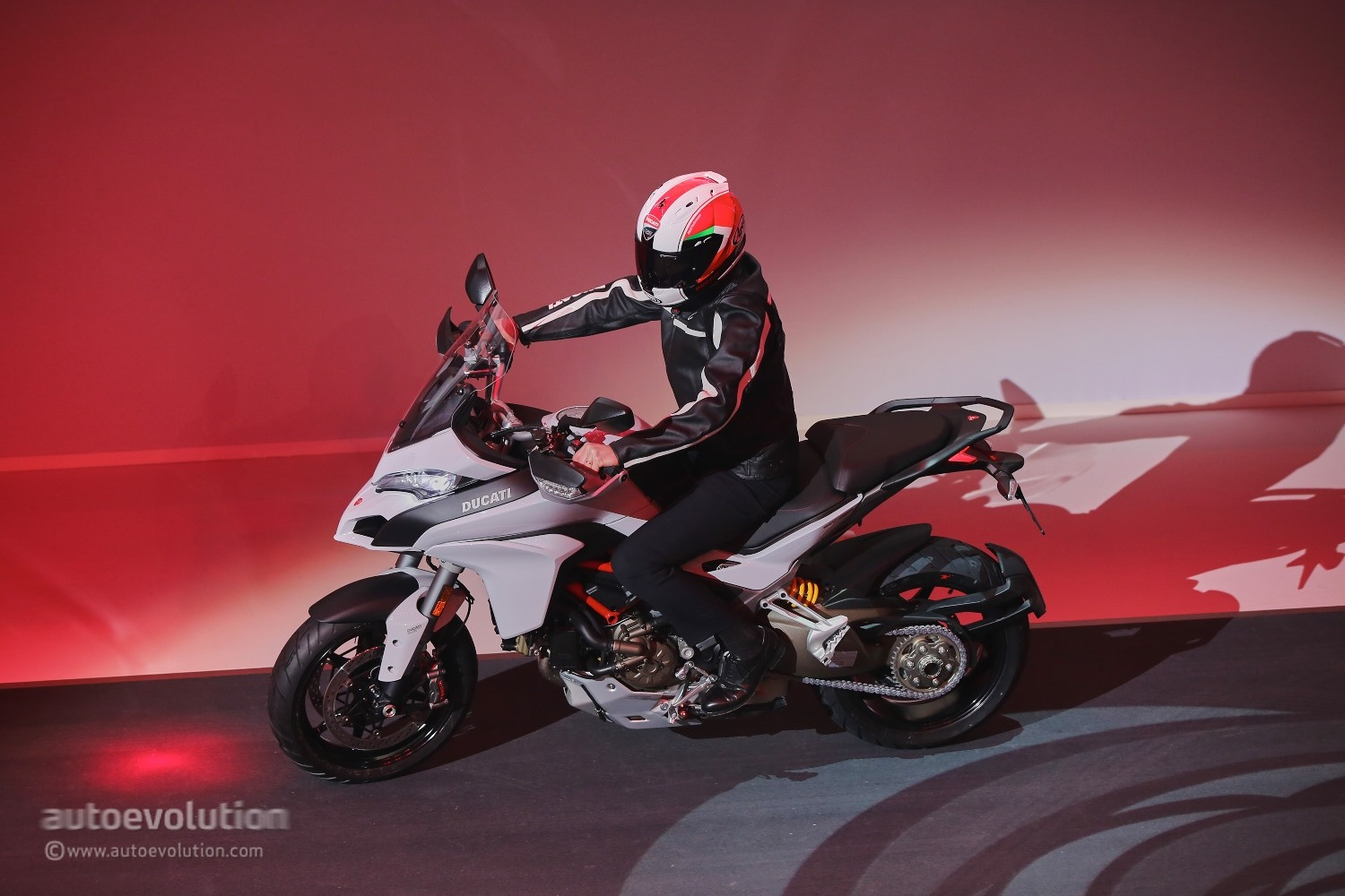 Ducati Multistrada 1200 2015 wallpapers #13191