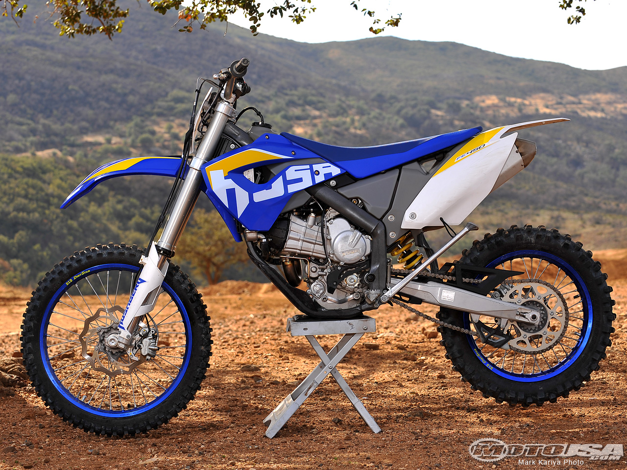 Husaberg FS 570 Supermoto 2010 wallpapers #160685