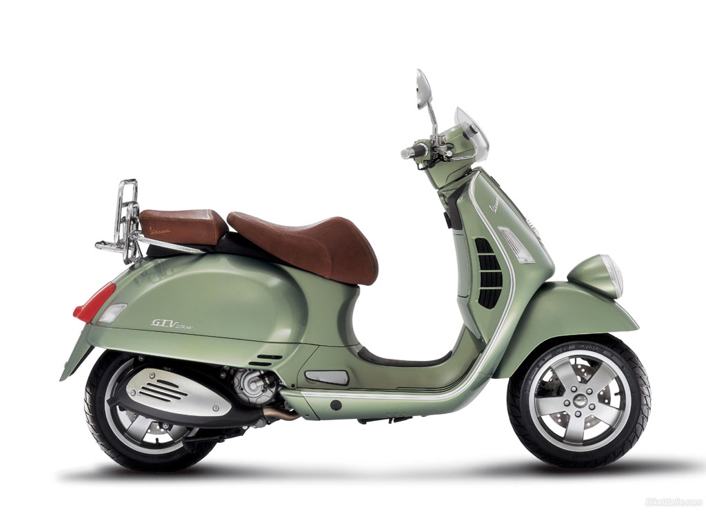 Vespa GTV Via Montenapoleone 2010 wallpapers #176640