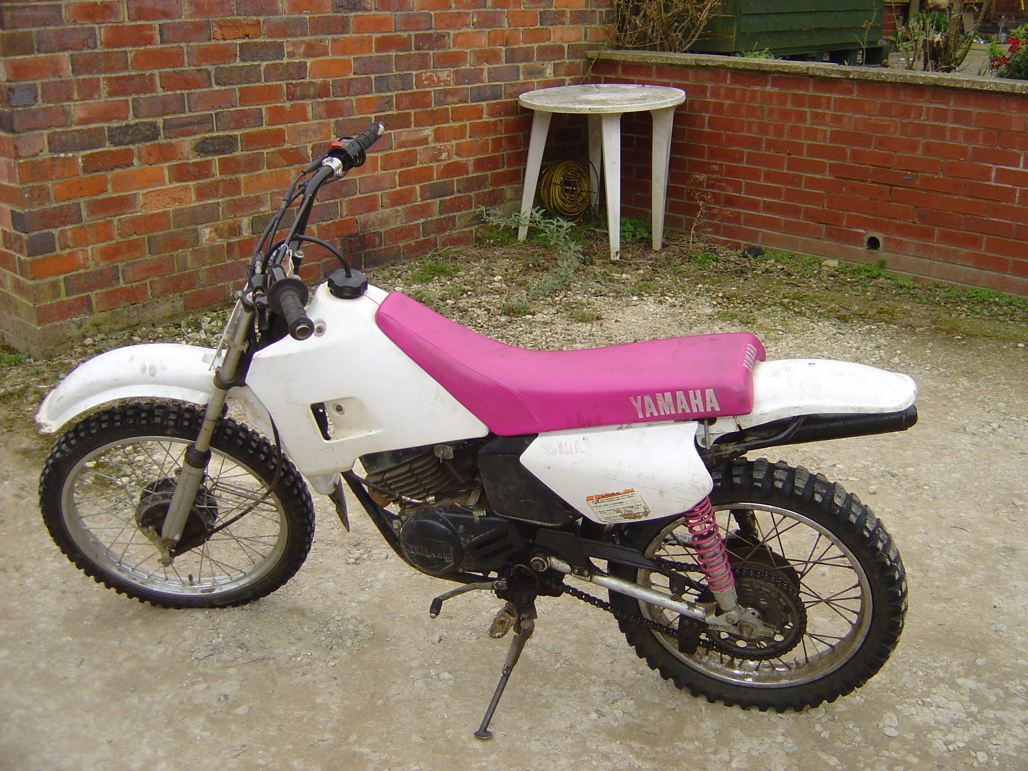 yamaha rt 100 pics specs and list of seriess by year