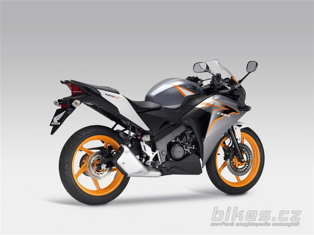 2013 honda cbr 125 r pics specs and information. Black Bedroom Furniture Sets. Home Design Ideas
