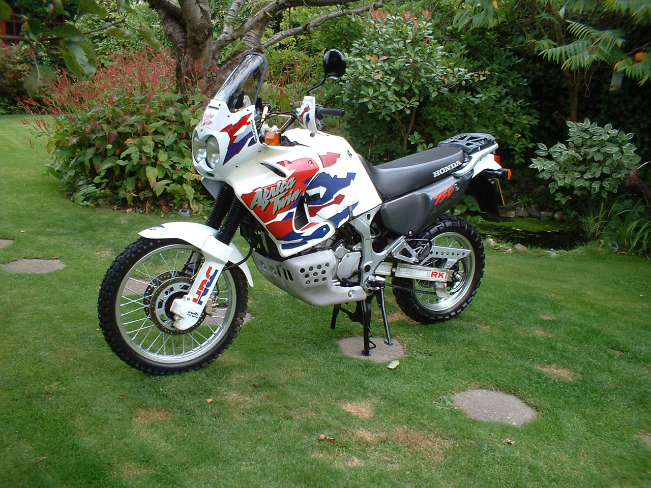 1998 honda xrv 750 pics specs and information. Black Bedroom Furniture Sets. Home Design Ideas