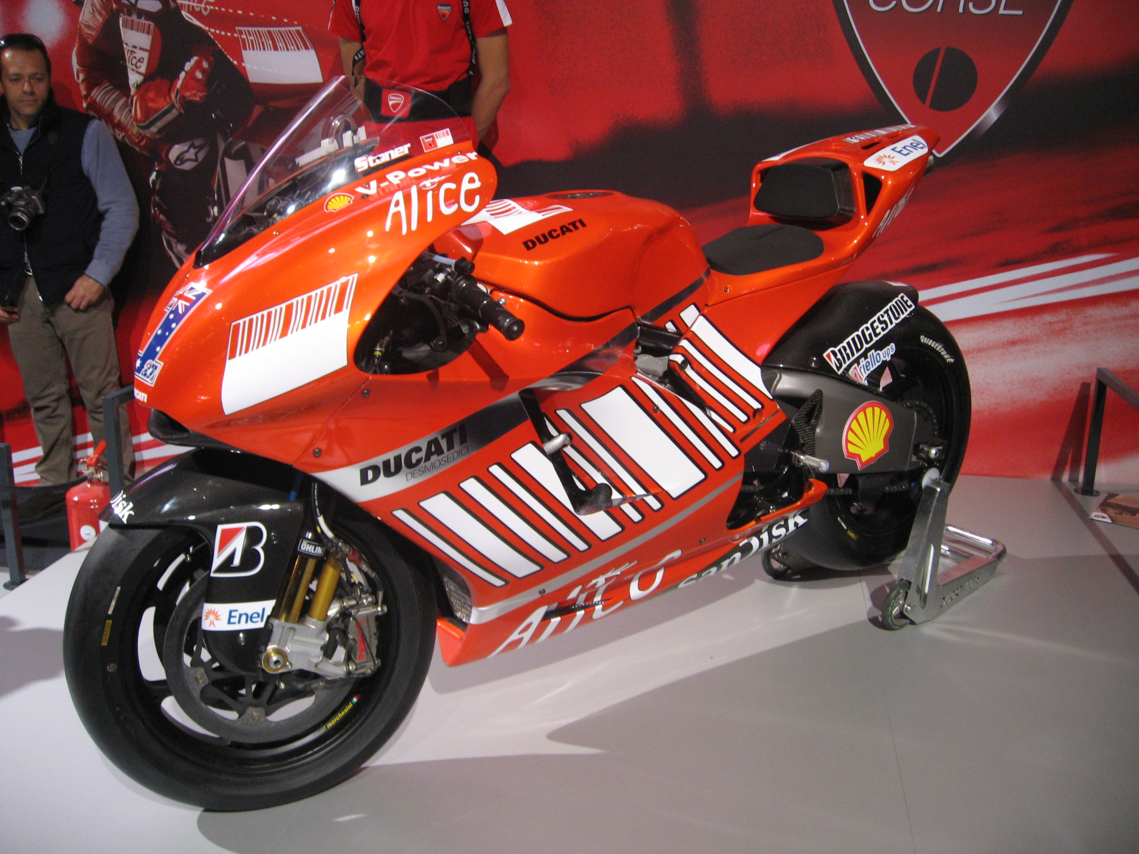 Ducati Desmosedici RR wallpapers #12397