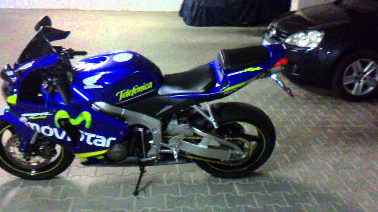 honda cbr 600 rr movistar pics specs and list of seriess by year. Black Bedroom Furniture Sets. Home Design Ideas