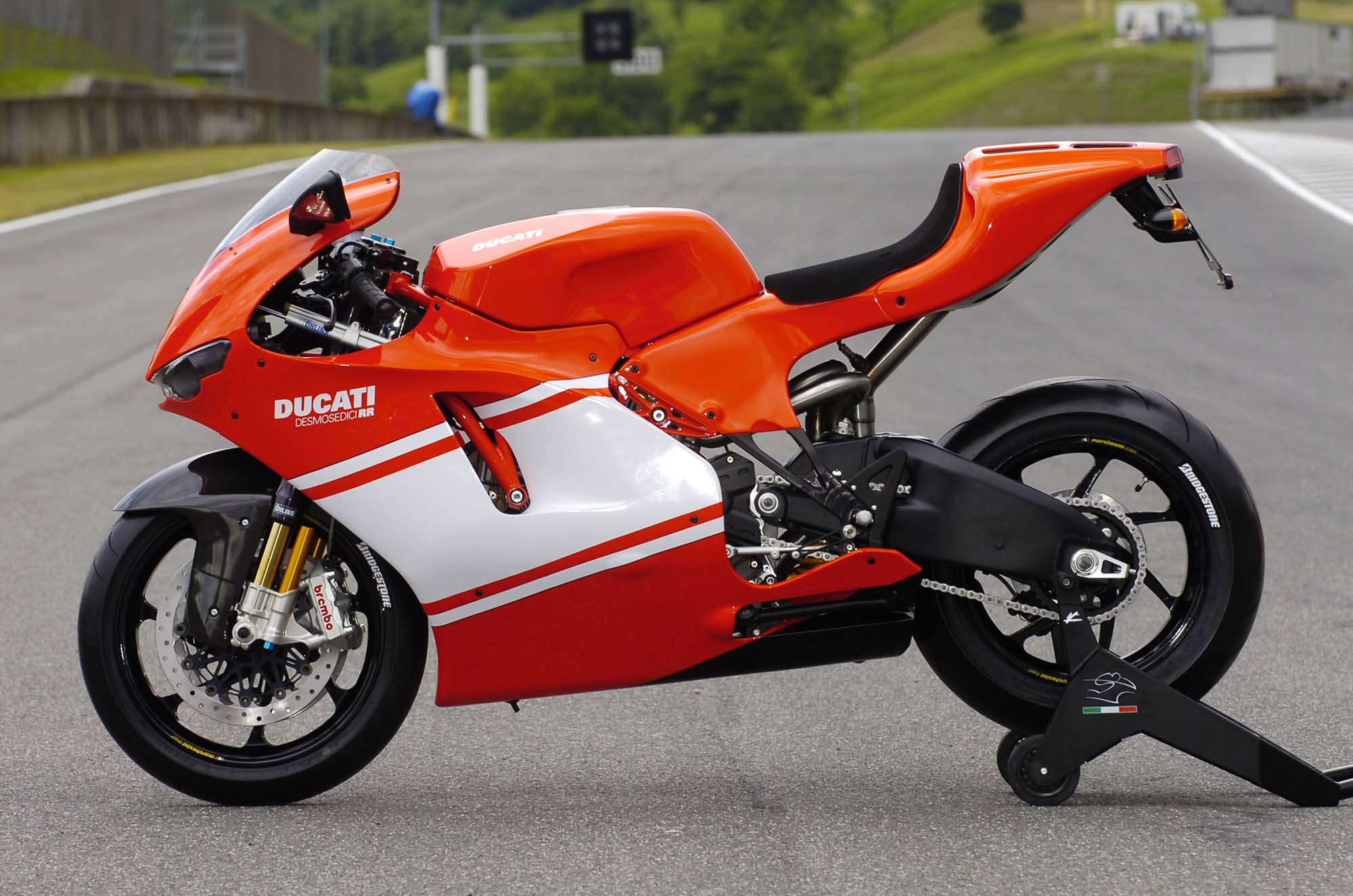 Ducati Desmosedici RR wallpapers #12398