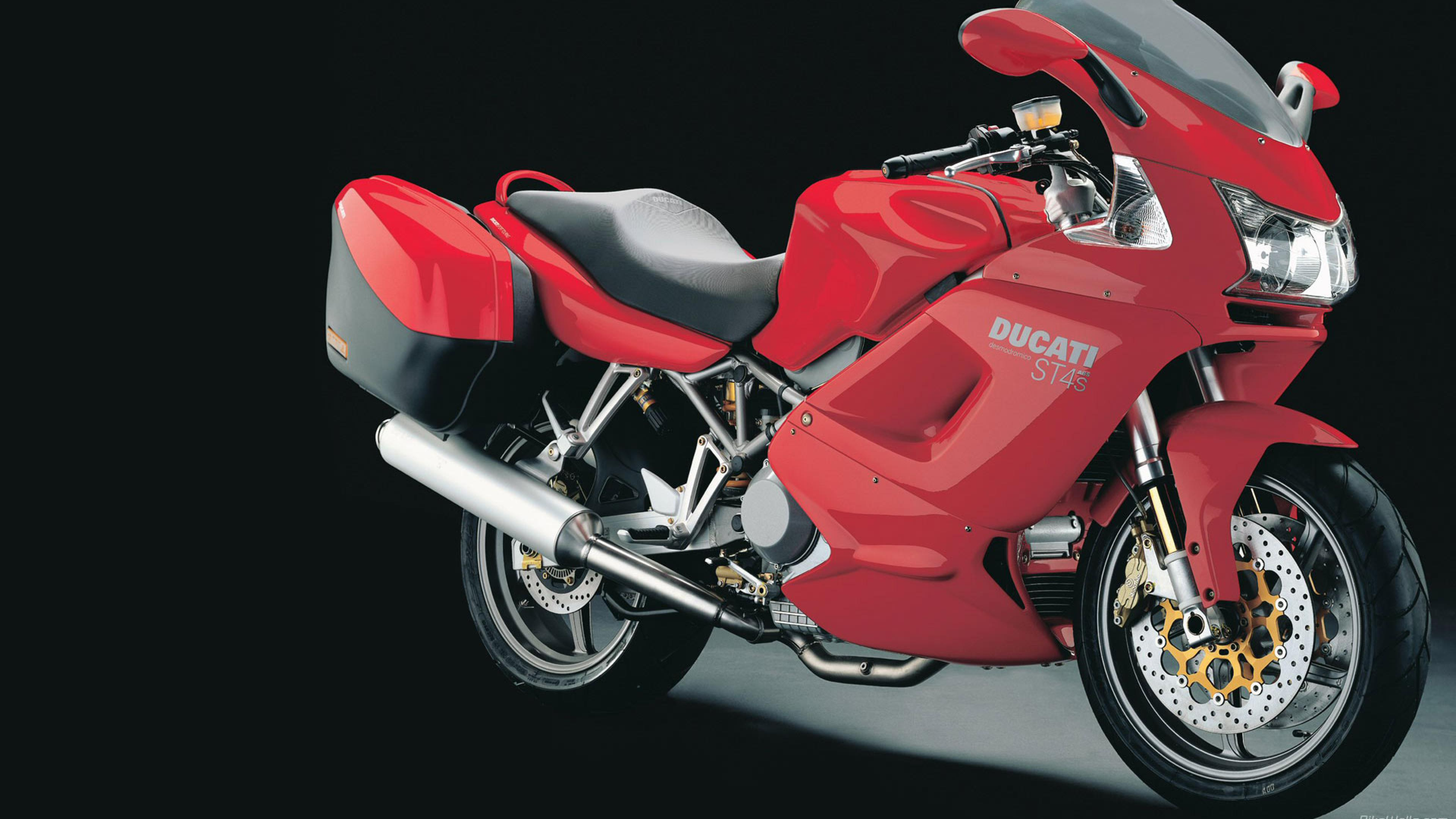 Ducati ST4 S 2005 wallpapers #11602