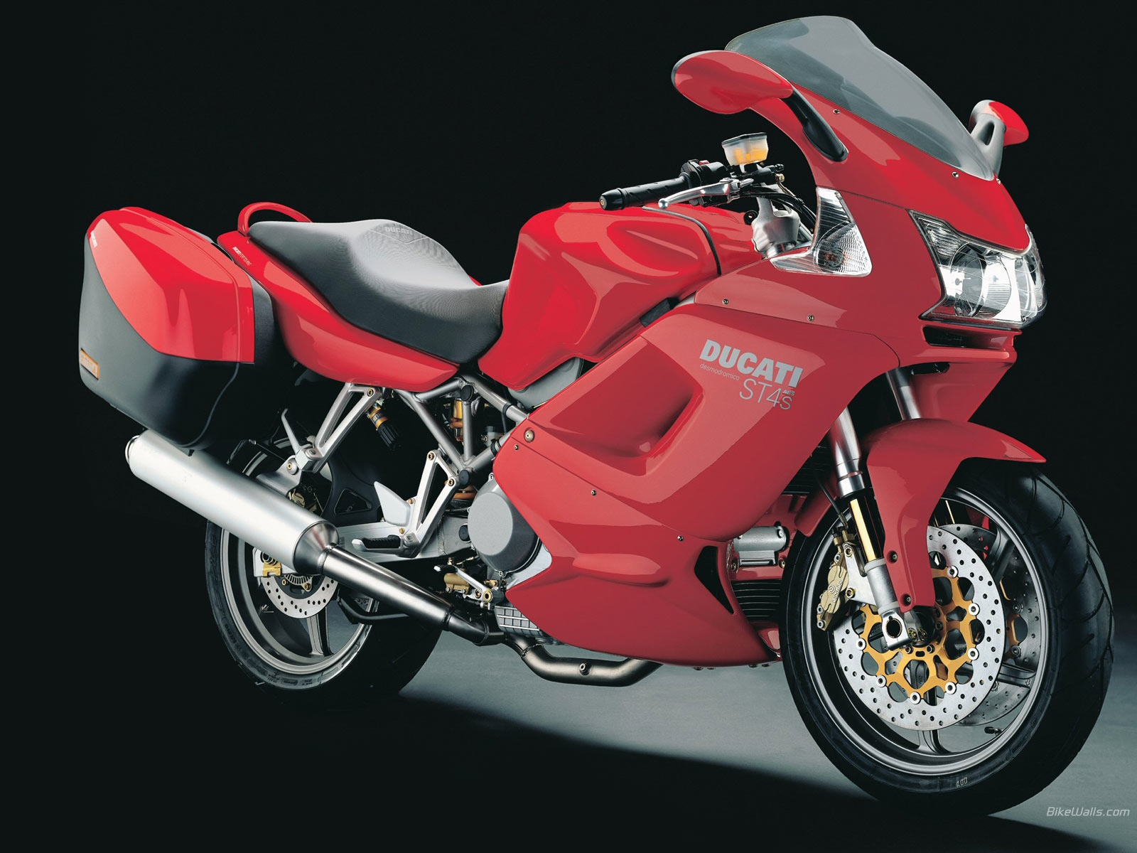 Ducati ST4 S 2006 wallpapers #11702