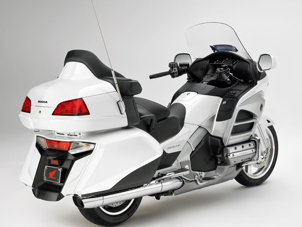 Honda GL 1800 Gold Wing 2012 wallpapers #142238