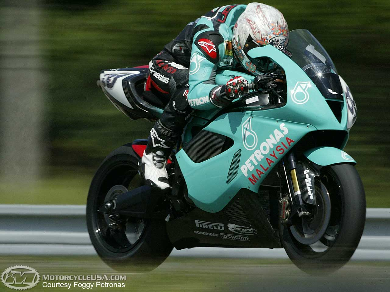 Petronas FP1 2004 images #119090