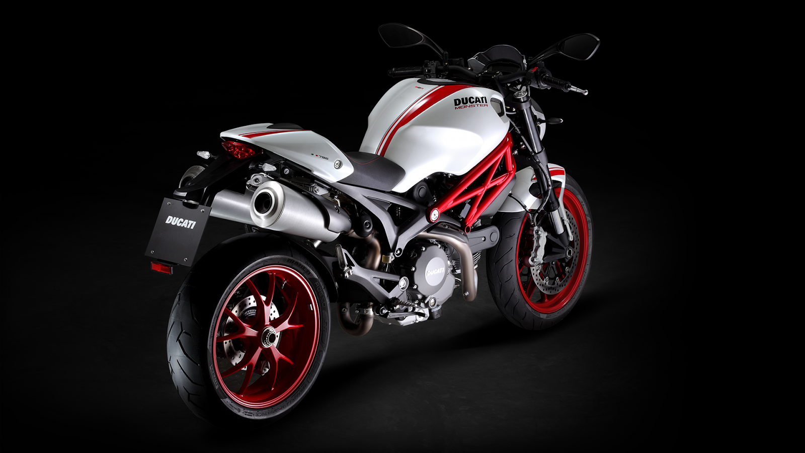Ducati Monster 796 Corse Stripe 2015 images #146213
