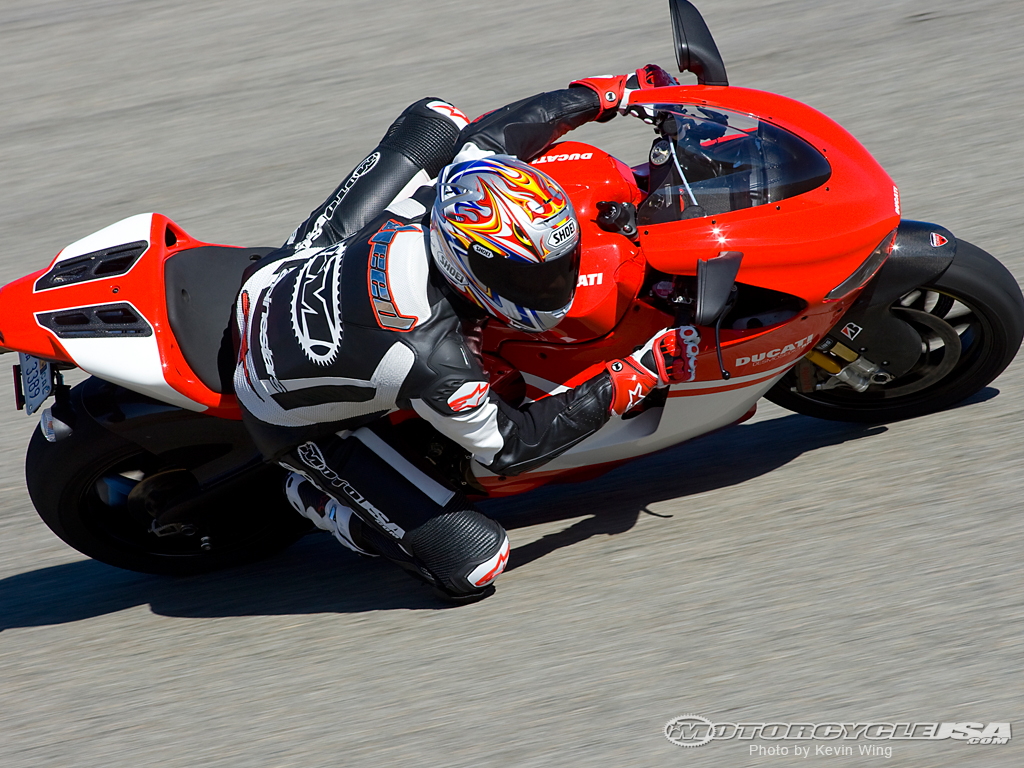 Ducati Desmosedici RR wallpapers #12030