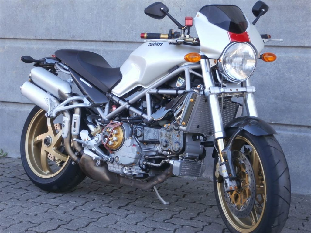 Ducati Monster S4R 2003 wallpapers #11206