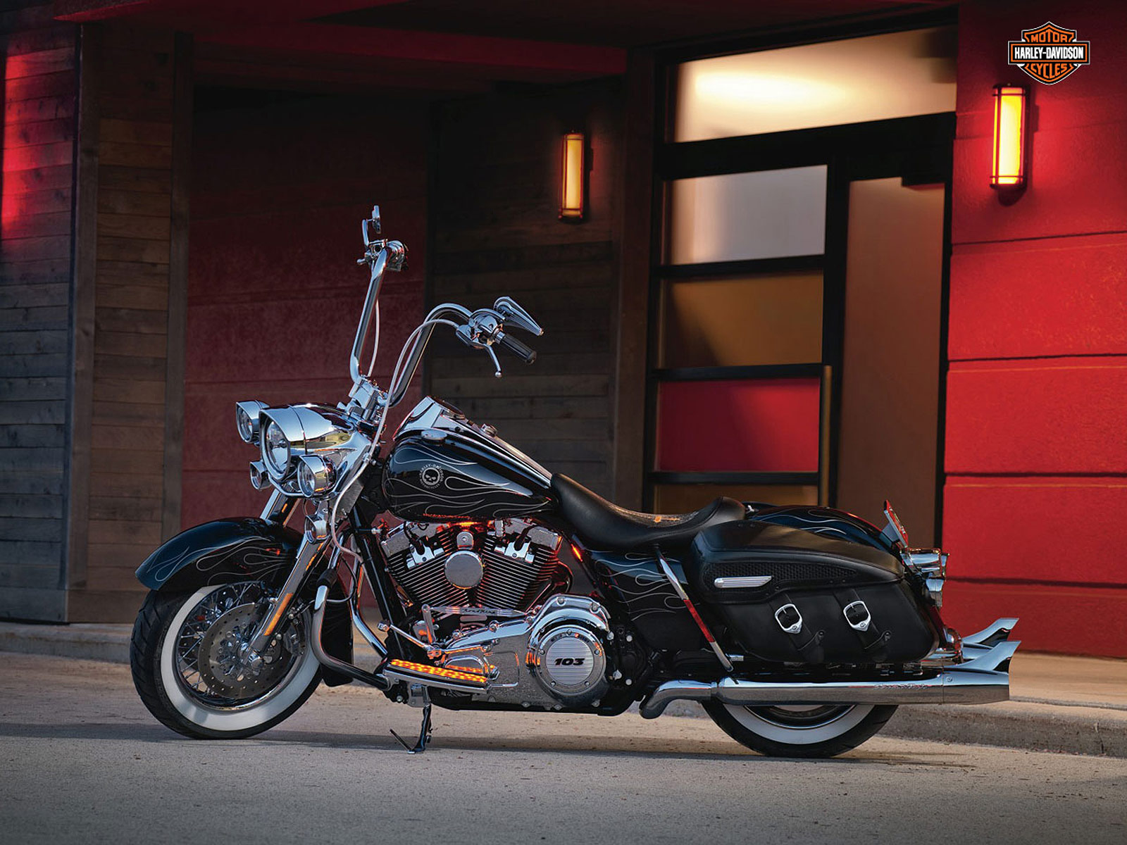 Harley-Davidson FLHRC Road King Classic 2012 pics #20449