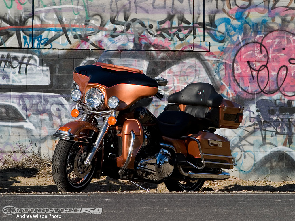 Harley-Davidson FLHTC Electra Glide Classic 2010 pics #19054