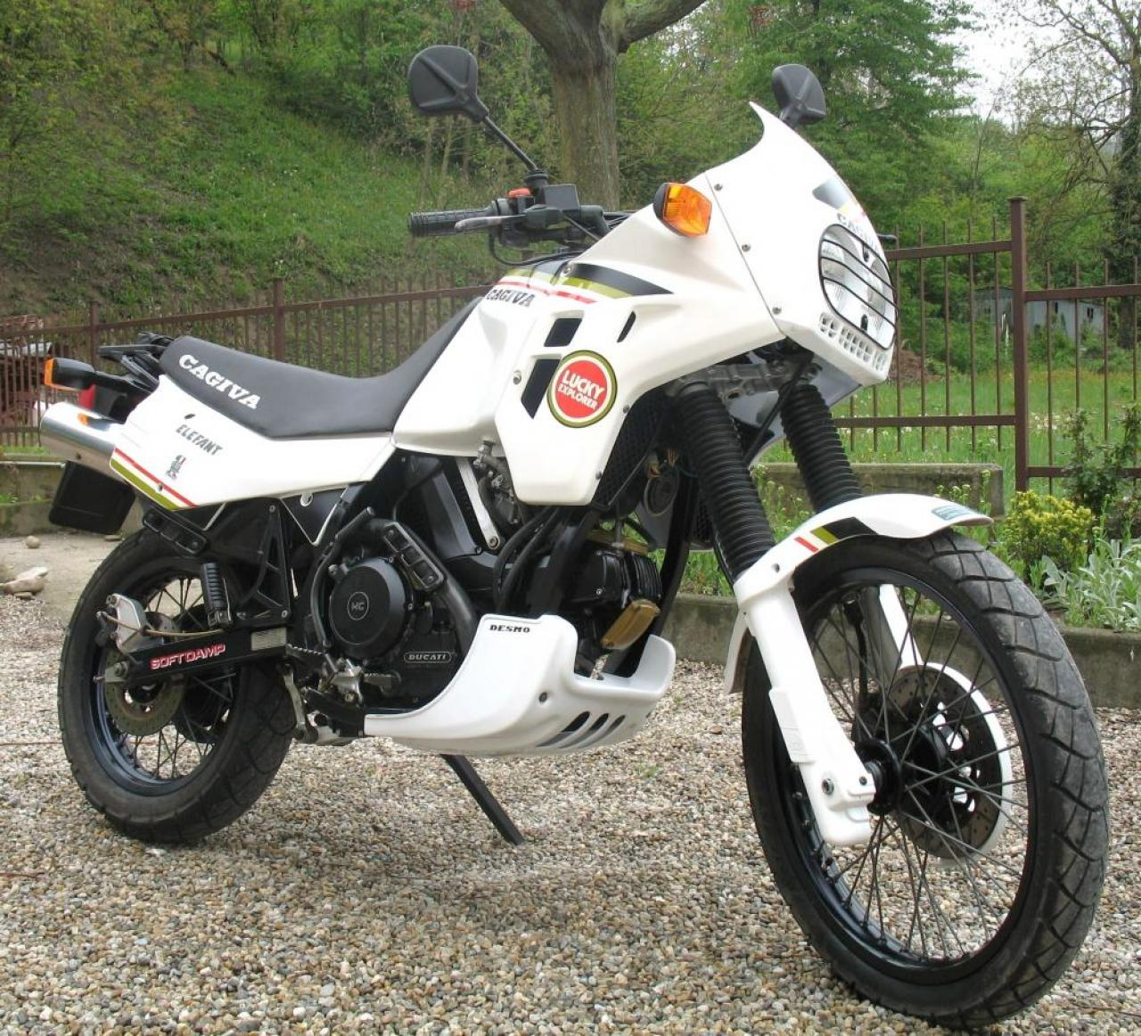 Cagiva Elefant 900 IE Lucky Strike images #69030