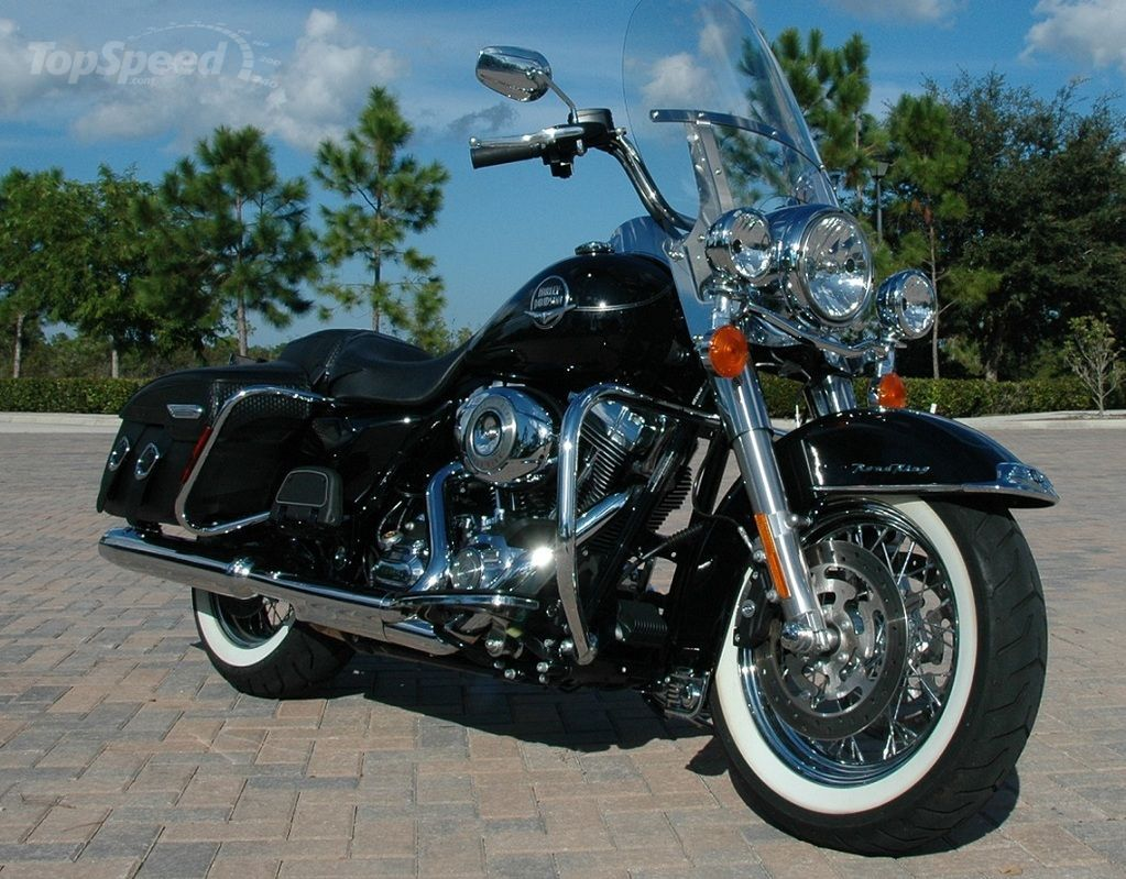 Harley-Davidson FLHRC Road King Classic 2012 pics #20451