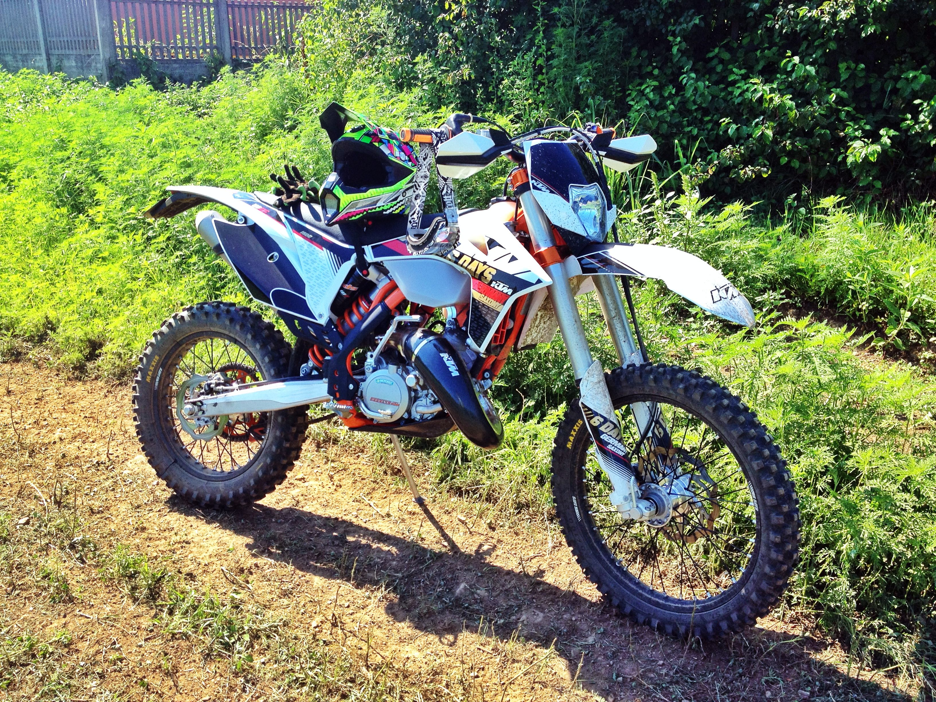 Ktm 125 Exc Sixdays Pics Specs And List Of Seriess By Year Wiring Diagram Six Days 200 37016
