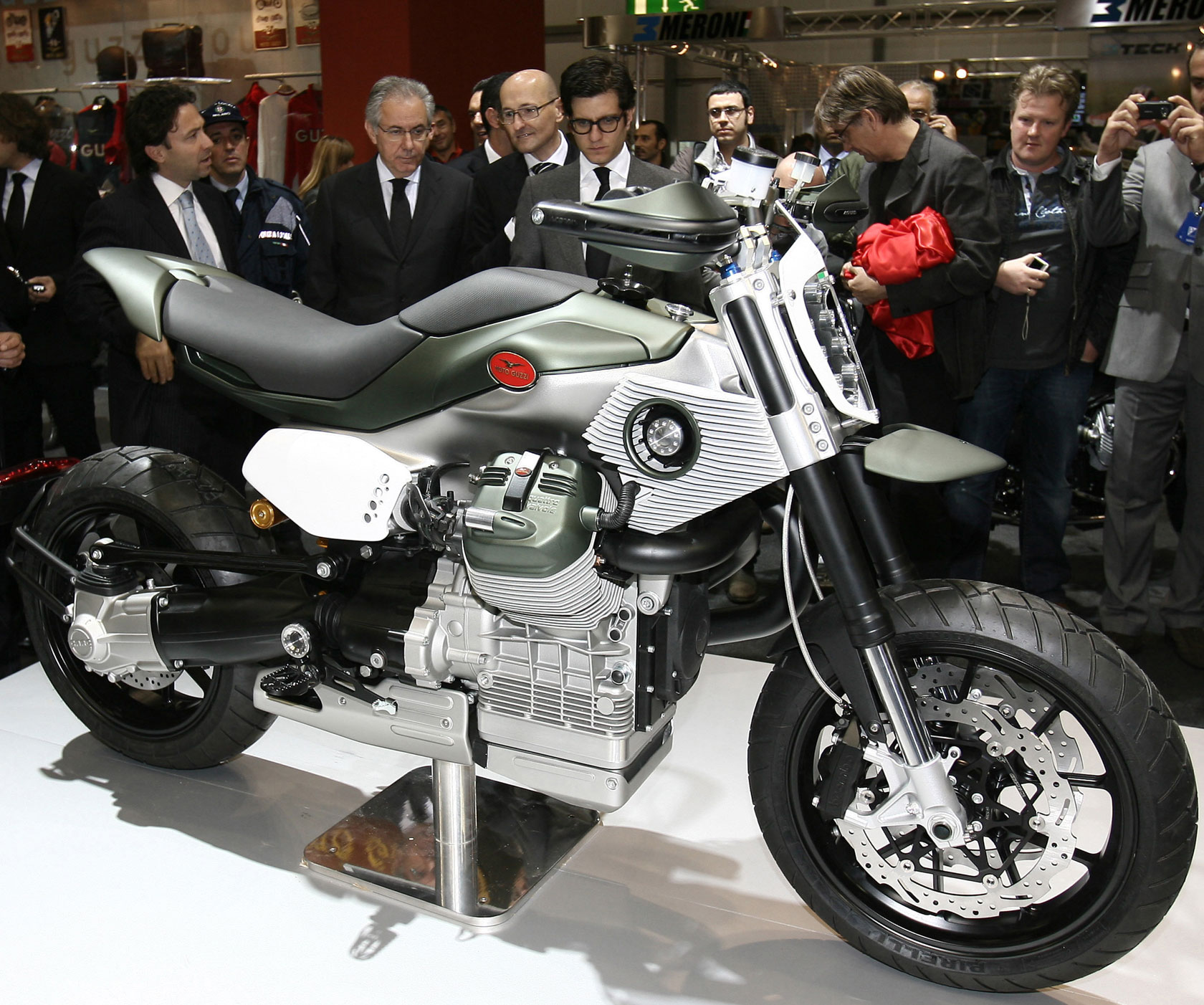 Moto Guzzi V12 LM Concept 2010 wallpapers #139668