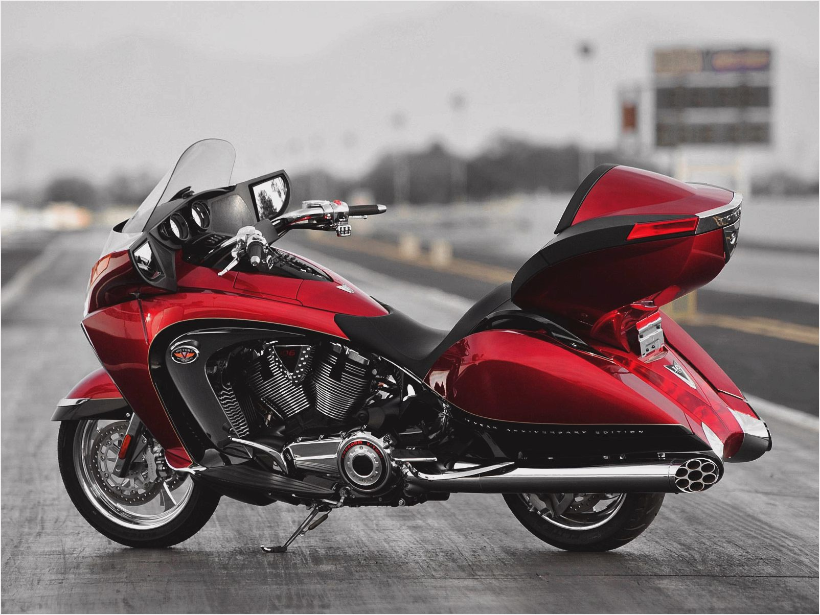 Victory Touring Deluxe 1500 images #129151