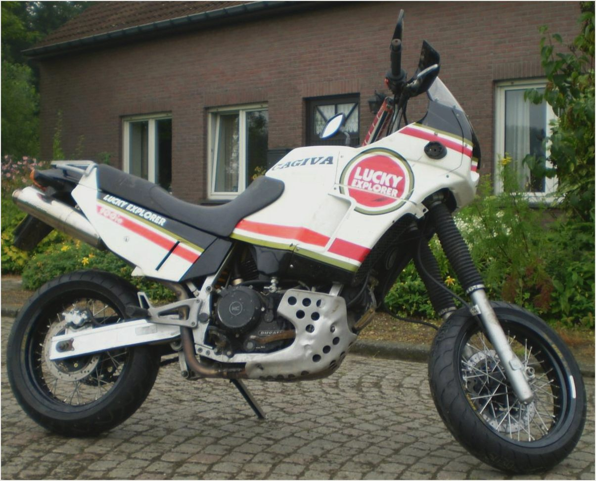 Cagiva Elefant 900 IE GT 1993 images #153452