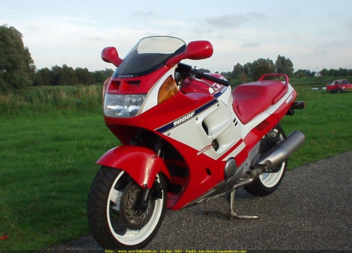 1992 honda cbr 1000 f pics specs and information. Black Bedroom Furniture Sets. Home Design Ideas