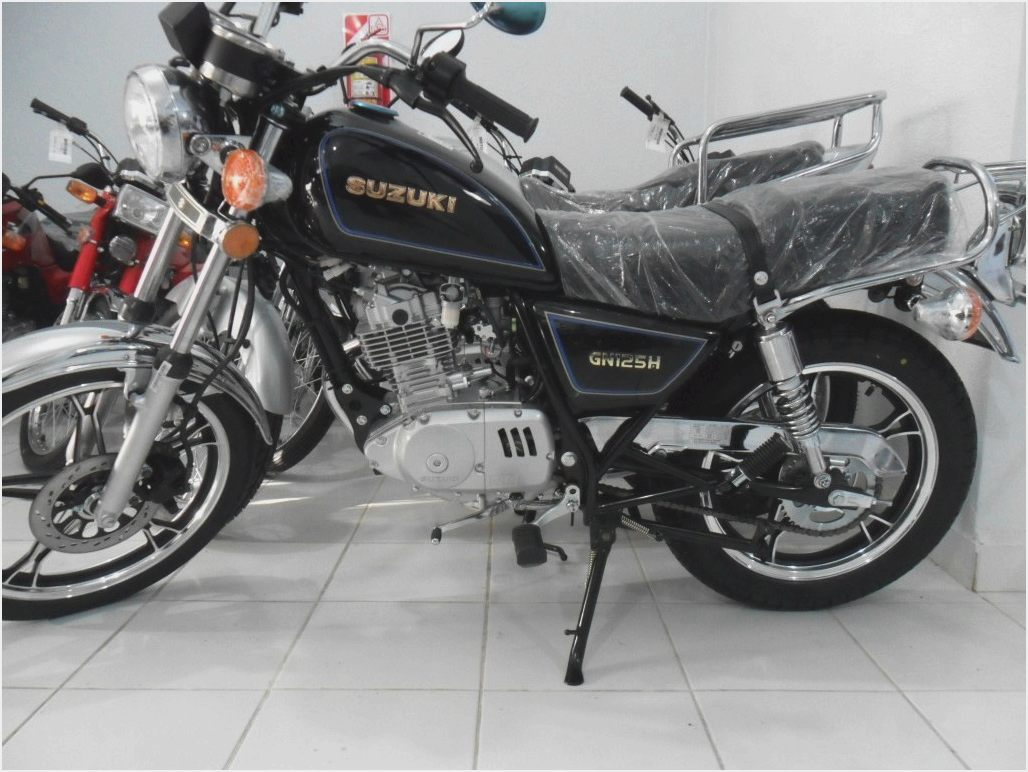 2000 suzuki gn 125 pics specs and information. Black Bedroom Furniture Sets. Home Design Ideas