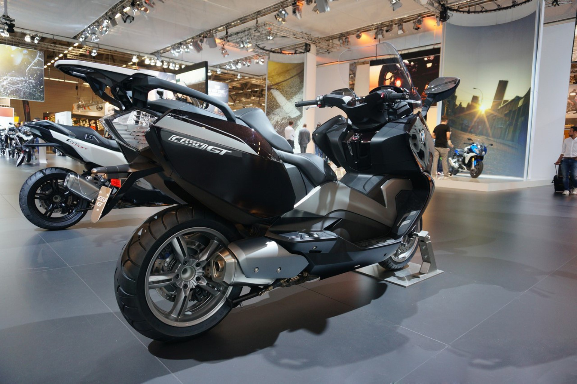 2015 bmw c 650 gt pics specs and information. Black Bedroom Furniture Sets. Home Design Ideas