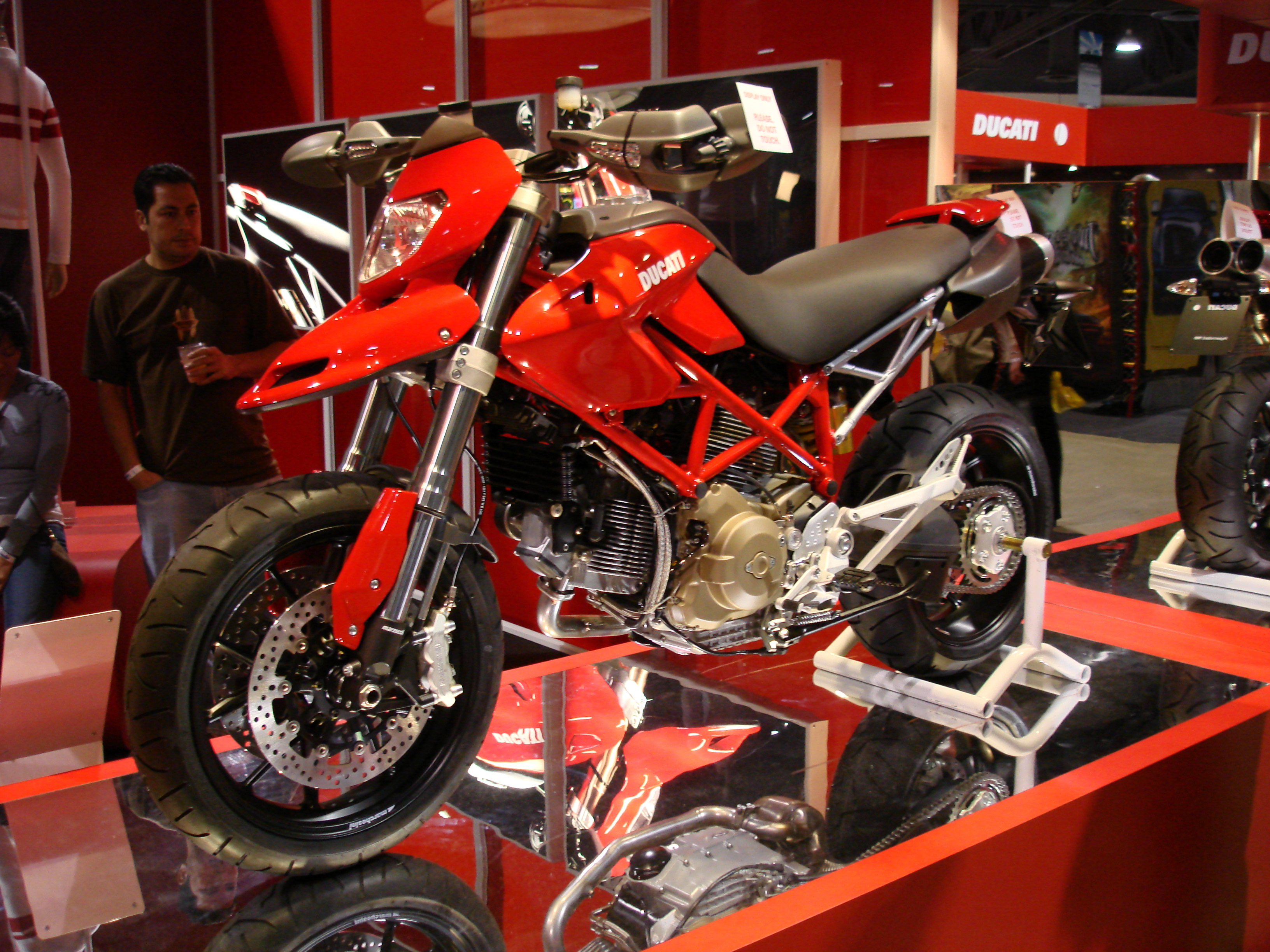 Ducati HM Hypermotard 2006 images #79417
