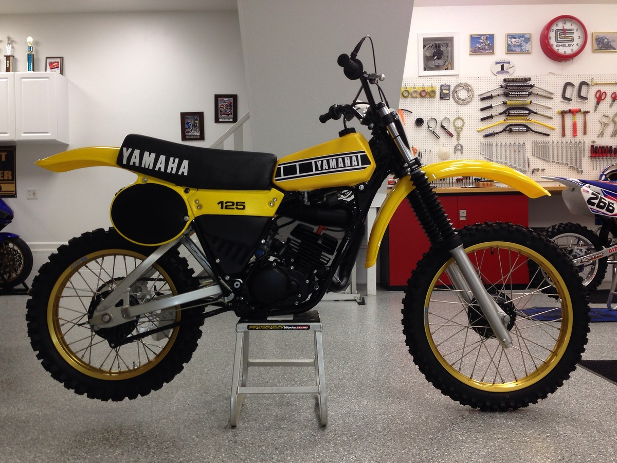 yamaha yz 125 m pics specs and list of seriess by year. Black Bedroom Furniture Sets. Home Design Ideas