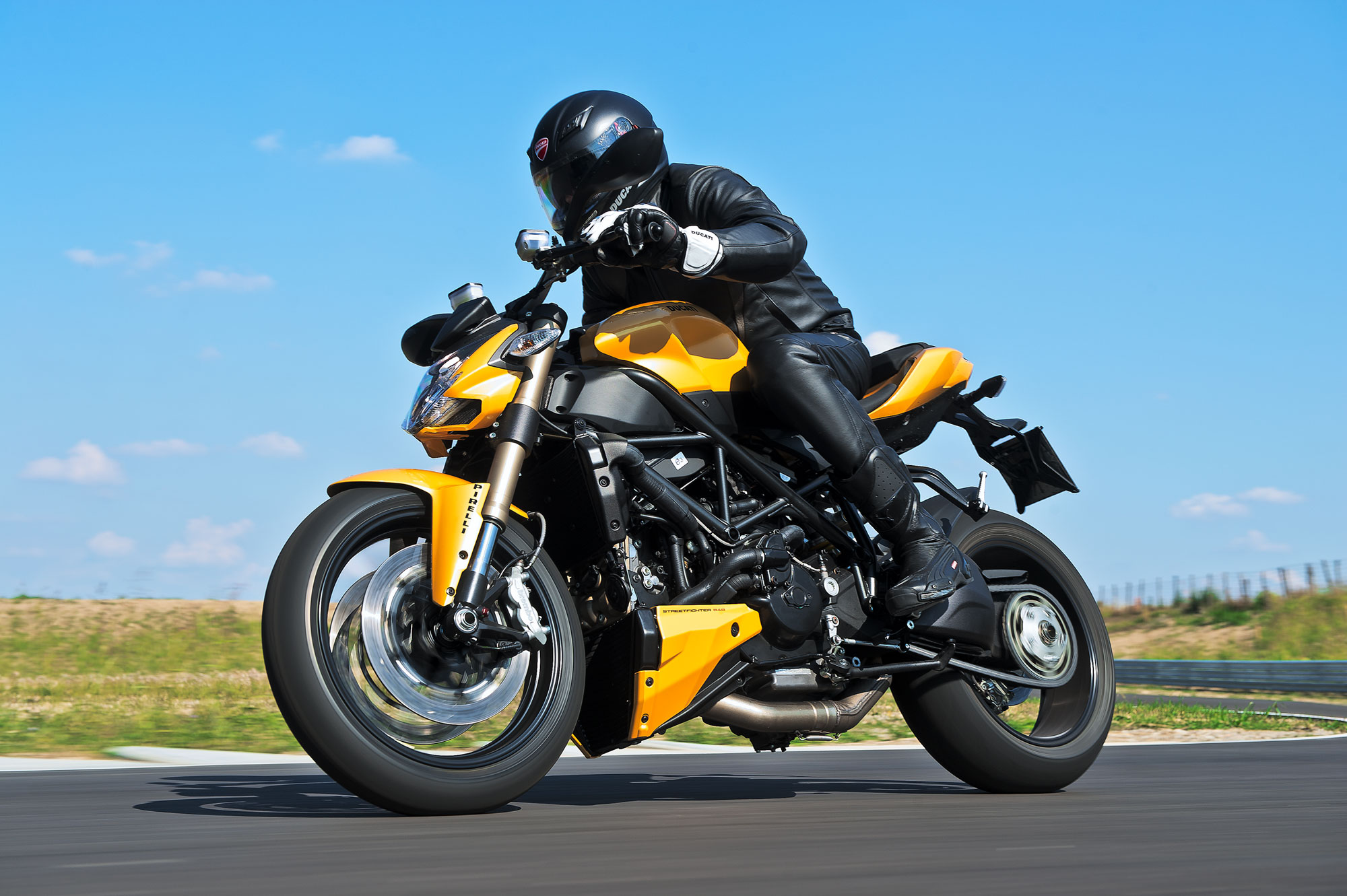 Ducati Streetfighter 848 2012 wallpapers #26402
