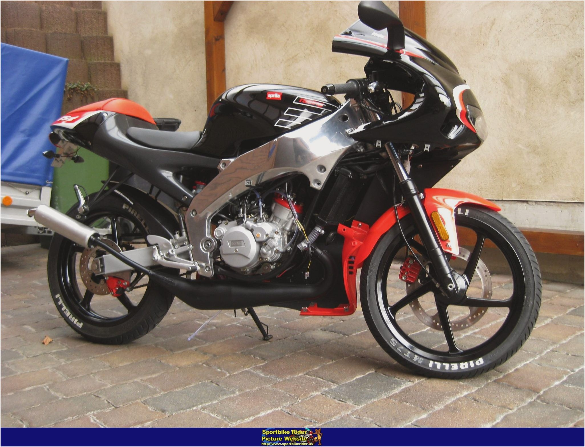 2004 aprilia rs 50 pics specs and information. Black Bedroom Furniture Sets. Home Design Ideas