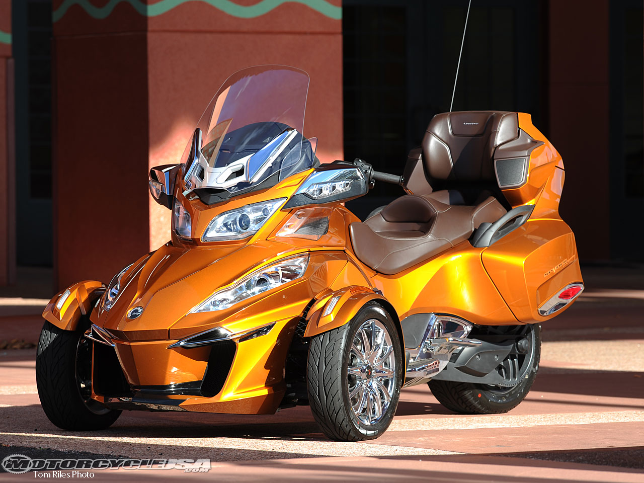 Can-Am Spyder ST 2014 images #68537