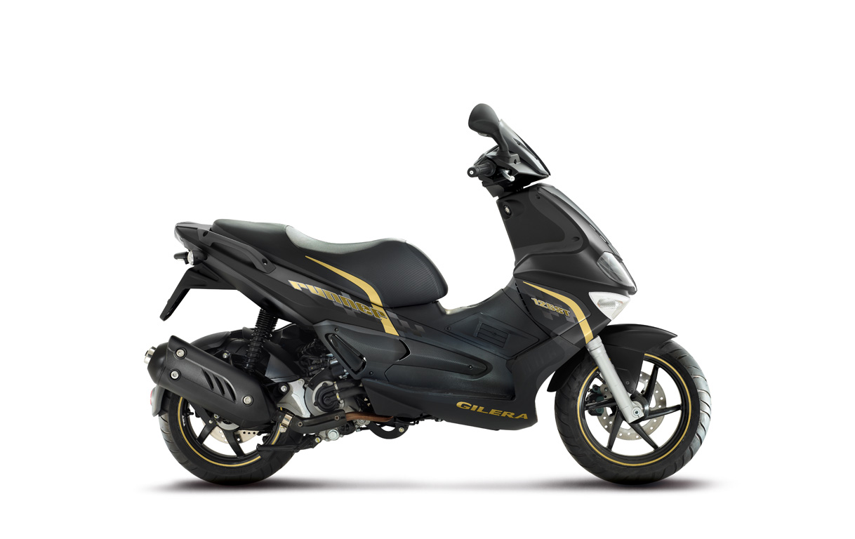 Gilera Runner 125 Black Soul 2015 images #74474